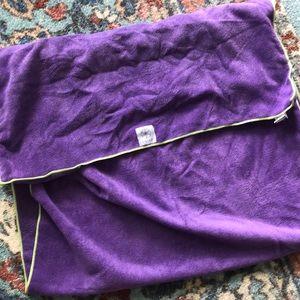 Gaian yoga mat towel